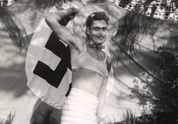 Soldado nazista vestidos de mulher 2