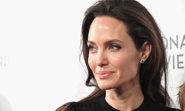 Curiosidades sobre Angelina Jolie uma das atrizes mais lindas do mundo
