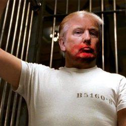 Donald Trump roubando papéis clássicos da cultura pop