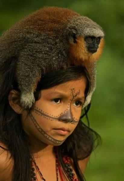 Culturas ao redor do mundo representadas através de fotos de crianças