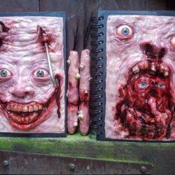 Jason Rooney: artista cria esculturas bizarras inspiradas no horror
