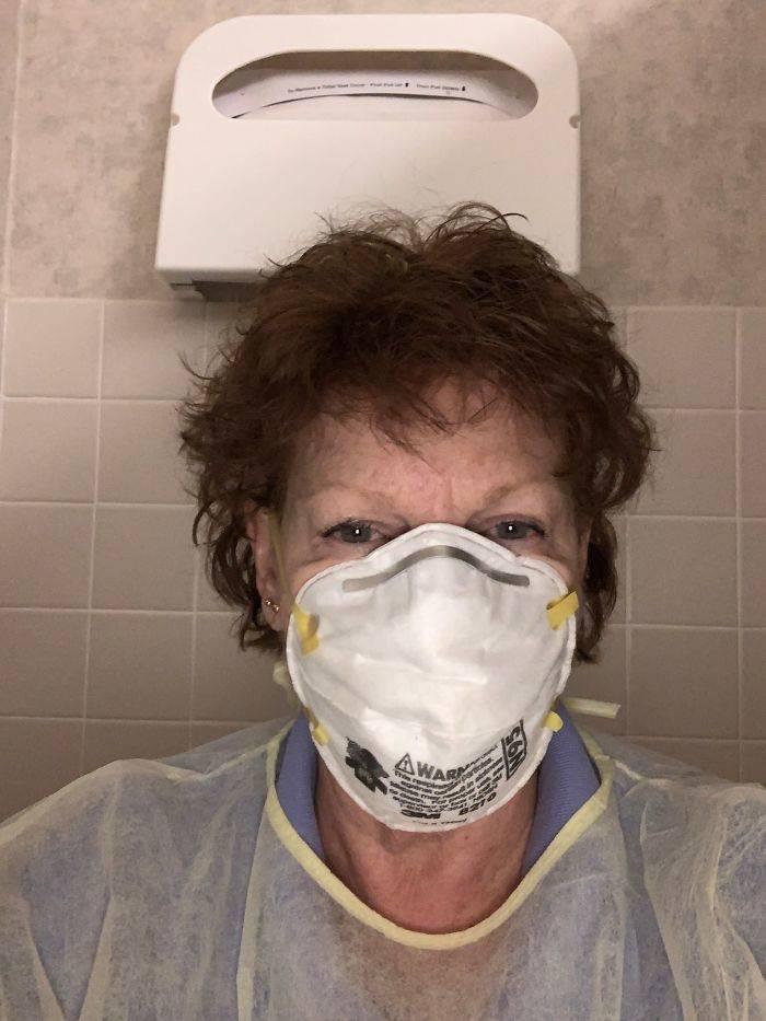Medicos trabalhando contra o coronavirus 19
