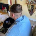 Essas pessoas resolveram cortar o próprio cabelo na quarentena e muito provavelmente se arrependeram logo depois 5