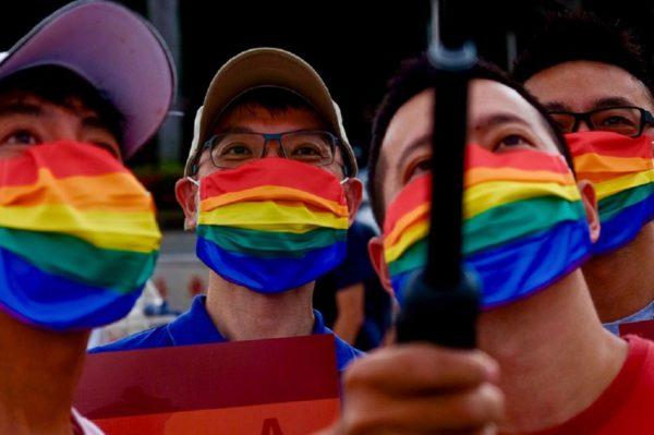 Parada LGBT em Taiwan livre de coronavirus pais asiatico e o unico do mundo a realizar evento comemorativo a diversidade