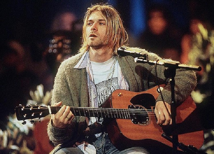 Nirvana vocalista Kurt Cobain denunciou estupro nos anos 1990 e reforçou pautas sociais e de genero 2