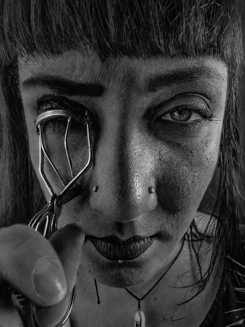 Dylan Eakin autodescrito fotorrealista produz retratos de carvao hiperrealistas 10