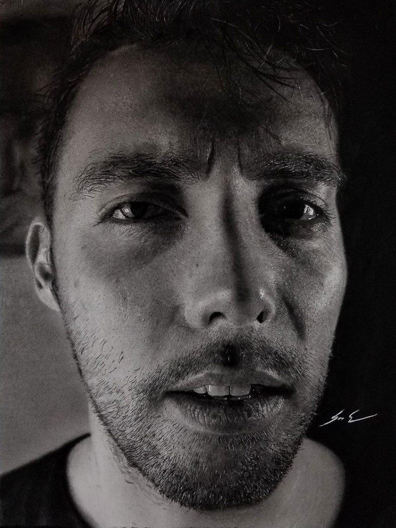 Dylan Eakin autodescrito fotorrealista produz retratos de carvao hiperrealistas 8