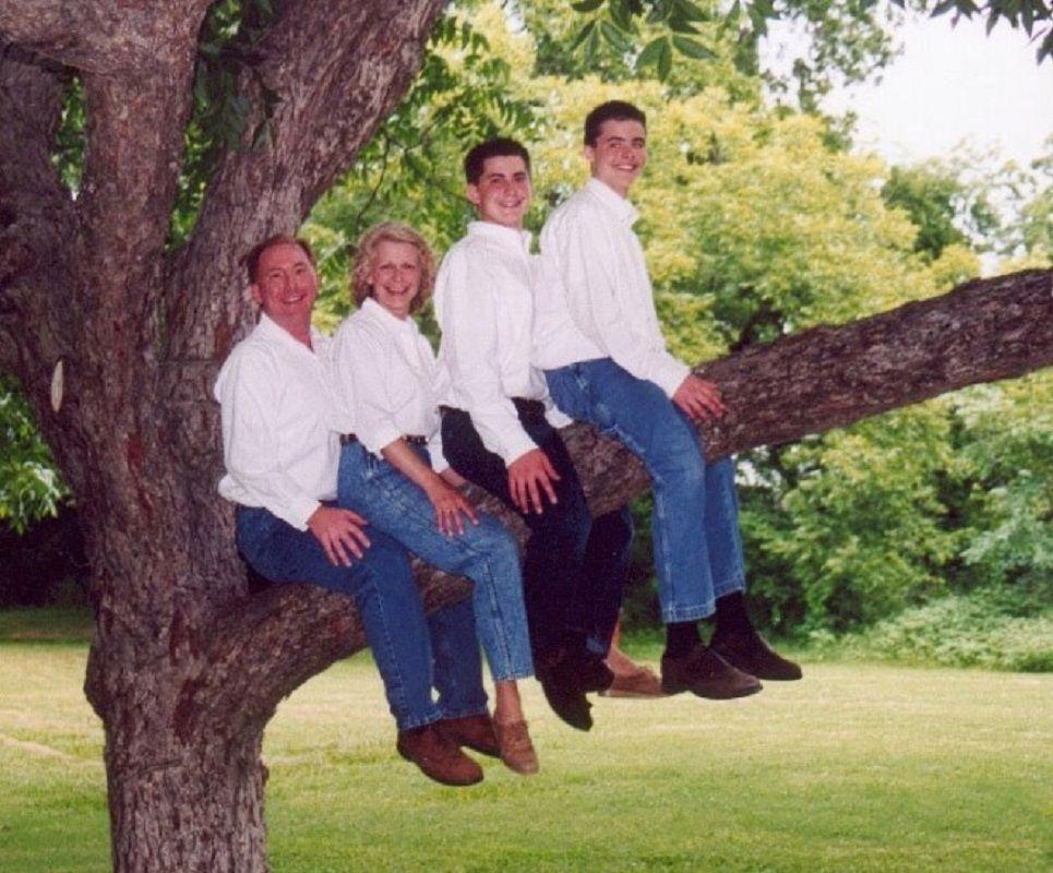 Se voce acha que as suas fotos de familia sao as piores e porque nao viu essas 1