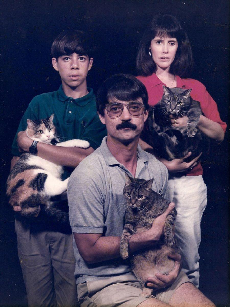 Se voce acha que as suas fotos de familia sao as piores e porque nao viu essas 12