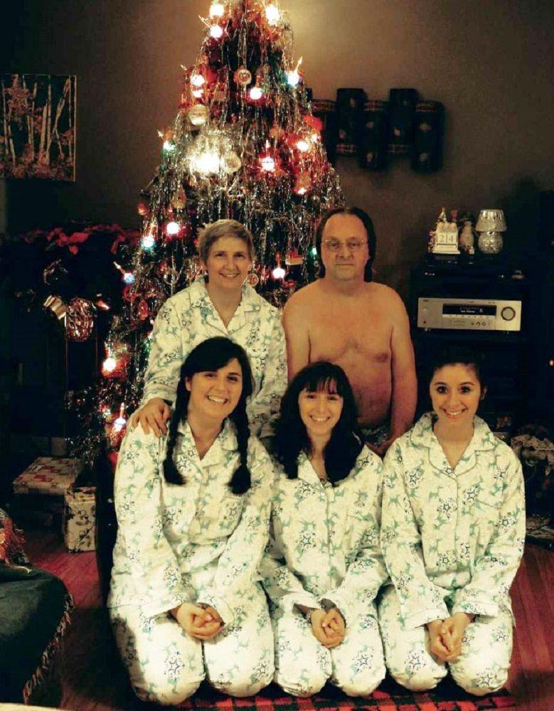 Se voce acha que as suas fotos de familia sao as piores e porque nao viu essas 24