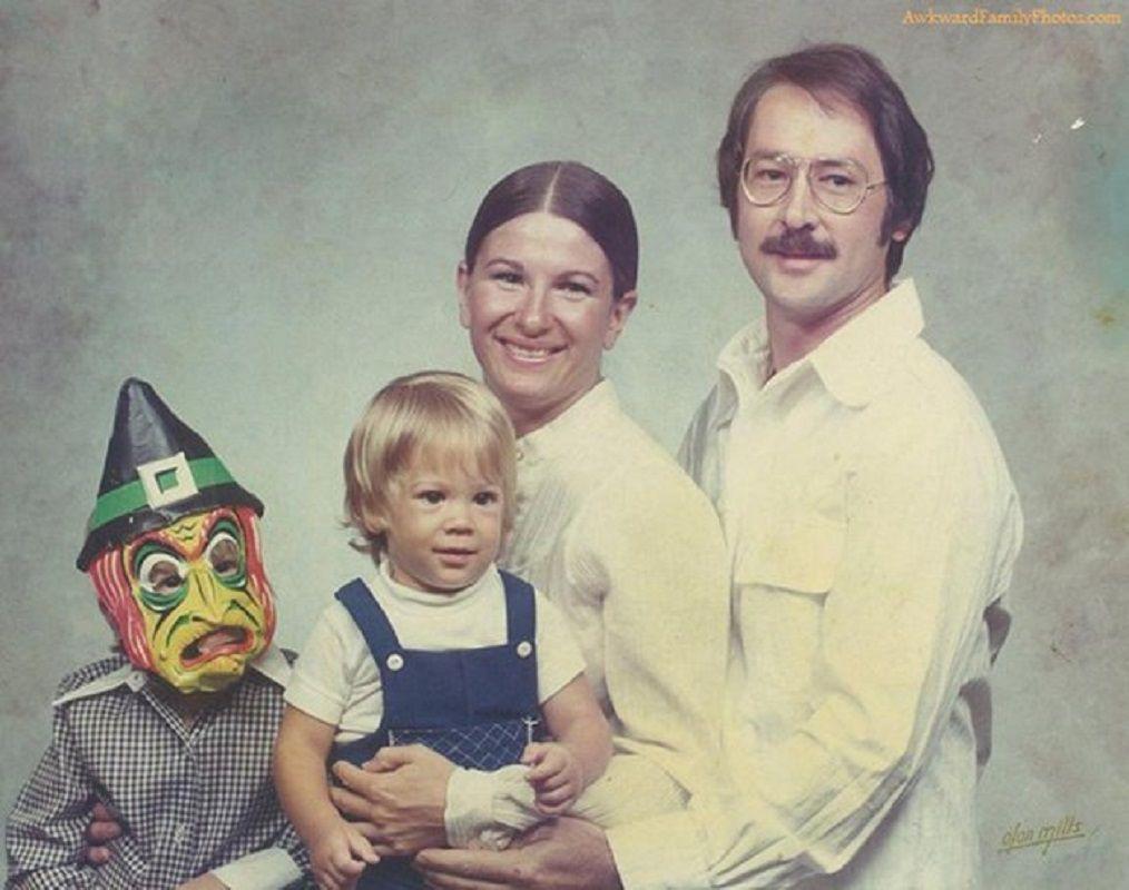 Se voce acha que as suas fotos de familia sao as piores e porque nao viu essas 28