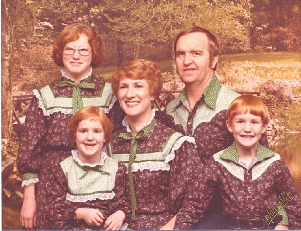 Se voce acha que as suas fotos de familia sao as piores e porque nao viu essas 29