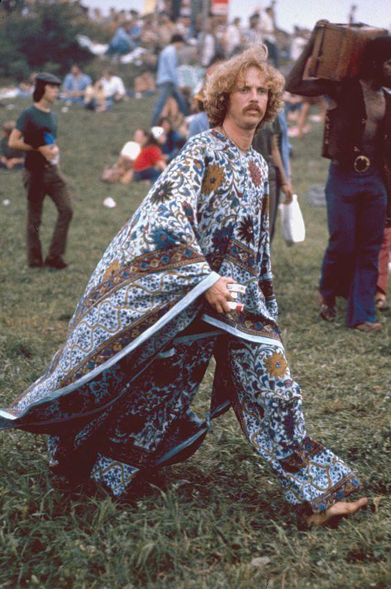 Woodstock 1969 E se a gente resgatar o estilo hippie de volta 1