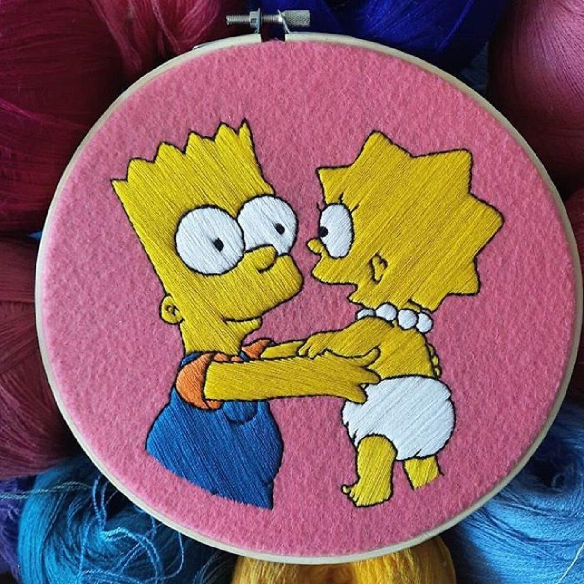Artista Gabriela Martinez cria bordados de cenas de Os Simpsons 30