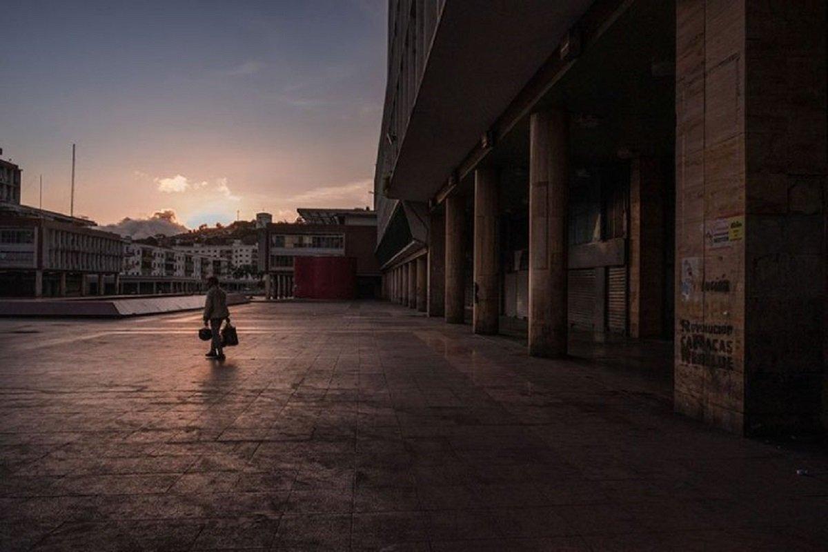 O isolamento social e as cidades vazias pelo mundo 30