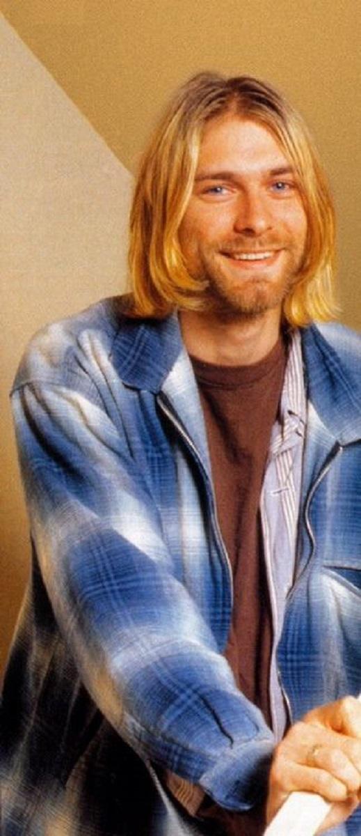 Essas fotos bastante raras mostram Kurt Cobain sorrindo 14