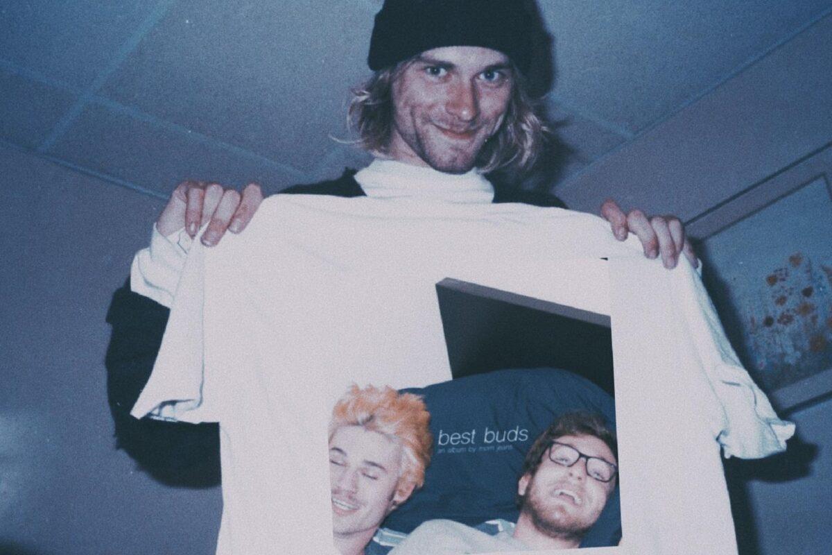 Essas fotos bastante raras mostram Kurt Cobain sorrindo 18