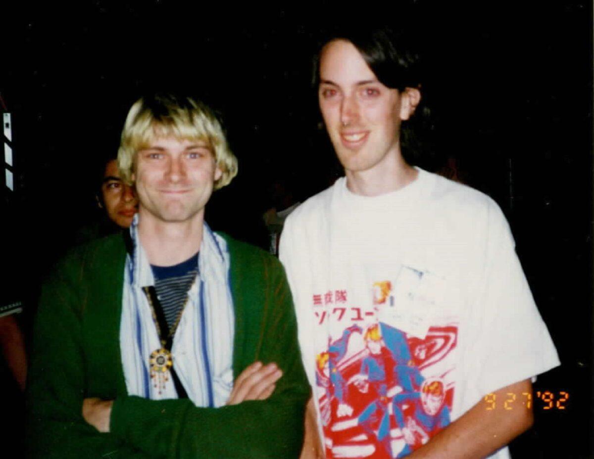 Essas fotos bastante raras mostram Kurt Cobain sorrindo 19