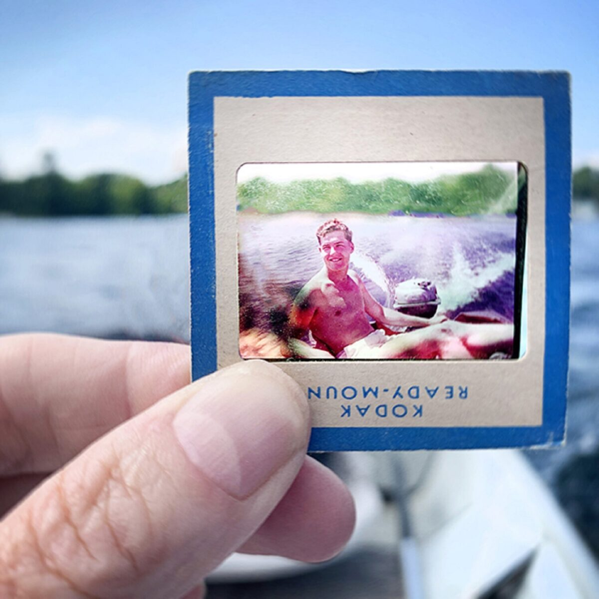 No Memory is Ever Alone projeto usa fotografias para mostrar a passagem do tempo 3