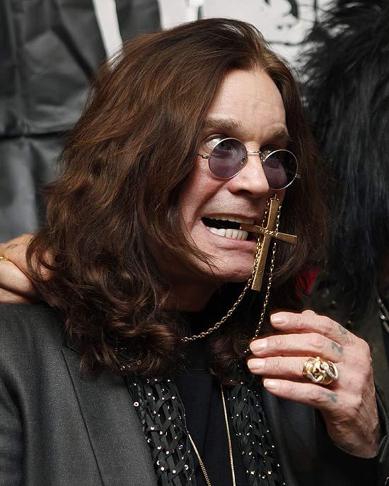 72 anos de Ozzy Osbourne o Principe das Trevas completa mais um ano e aqui vai a nossa homenagem 15