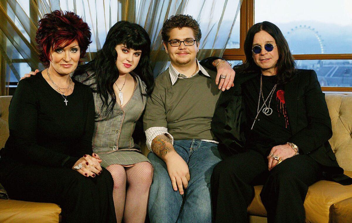 72 anos de Ozzy Osbourne o Principe das Trevas completa mais um ano e aqui vai a nossa homenagem 27