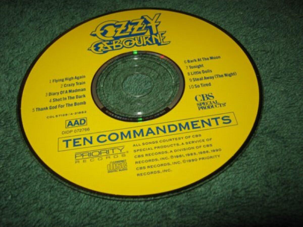 72 anos de Ozzy Osbourne o Principe das Trevas completa mais um ano e aqui vai a nossa homenagem 30