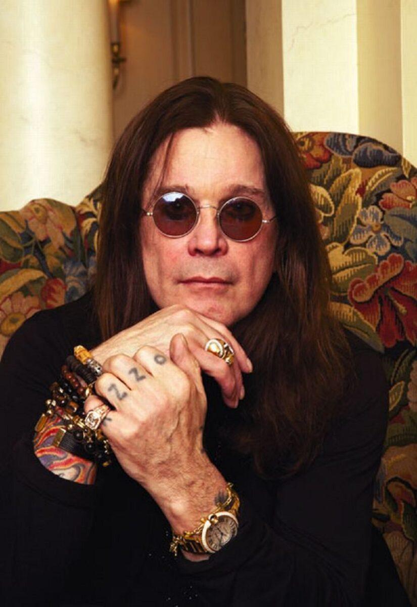 72 anos de Ozzy Osbourne o Principe das Trevas completa mais um ano e aqui vai a nossa homenagem 8