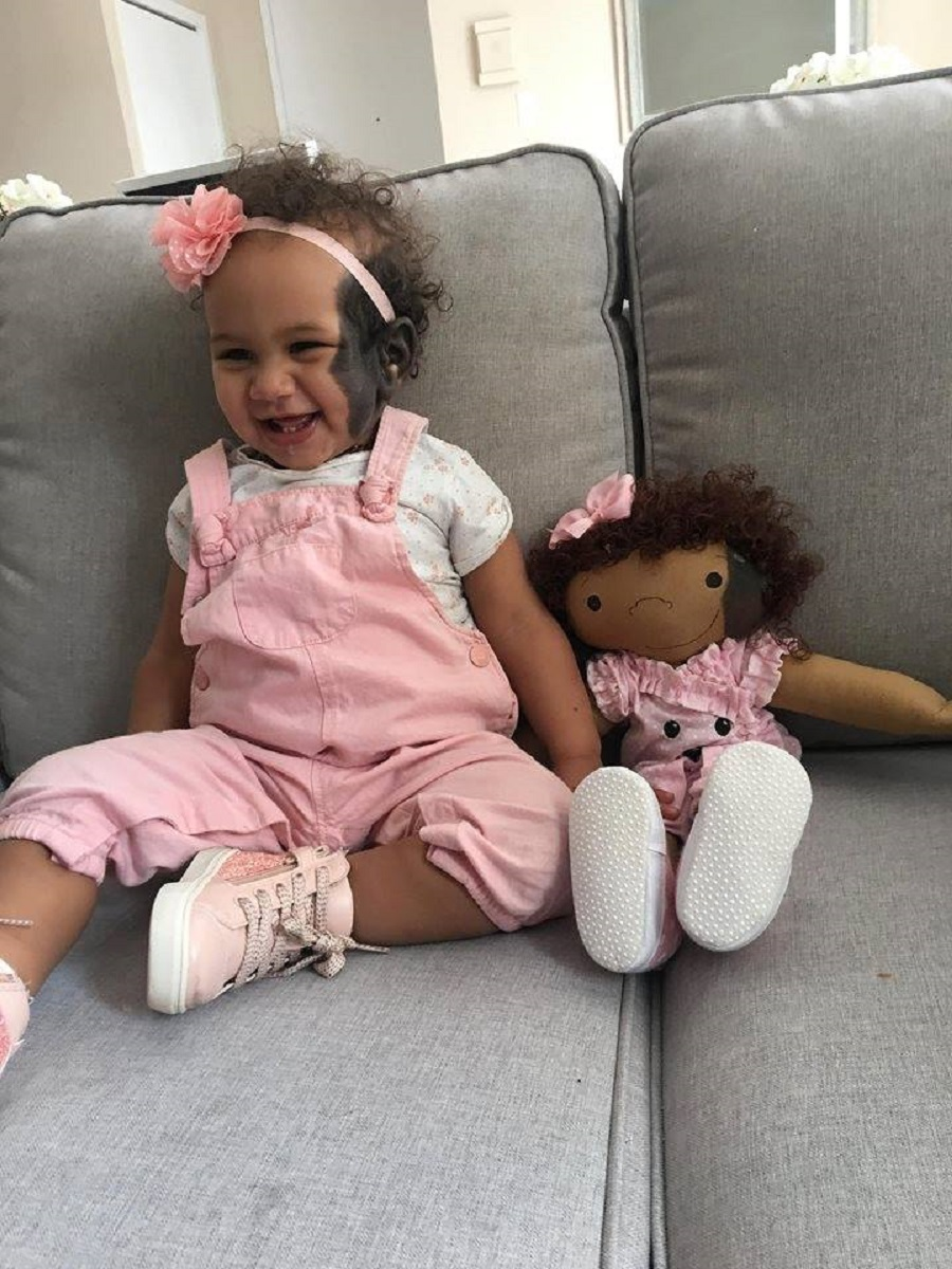 Amy Jandrisevits artista cria bonecas especiais para criancas especiais e ensina sobre aceitacao e respeito 4