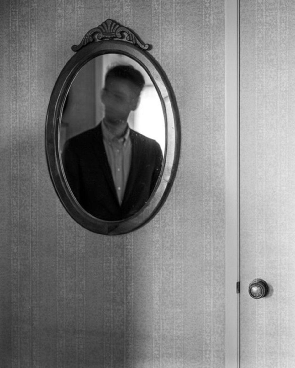 Edward Honaker serie que mostra a angustia de viver com depressao foi criada por fotografo de 21 anos 12