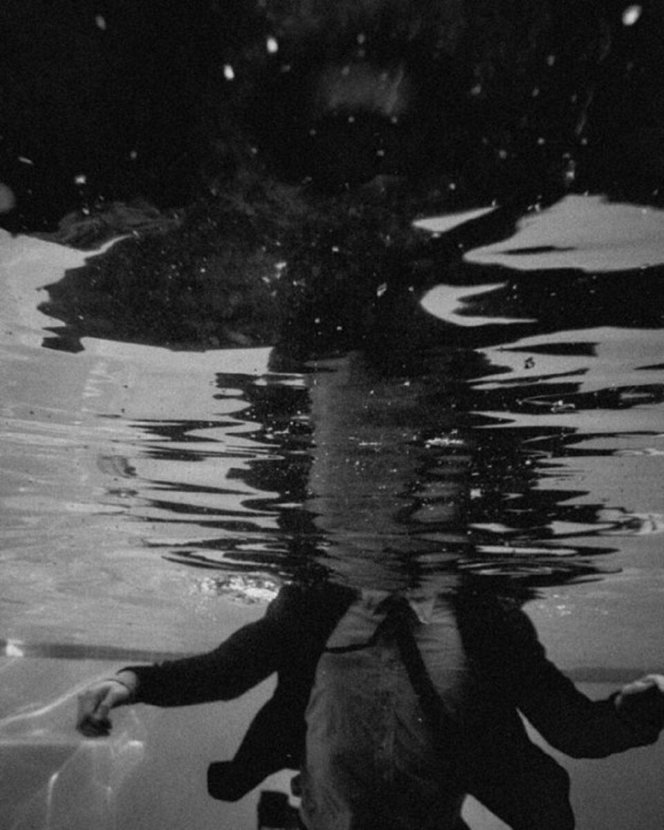 Edward Honaker serie que mostra a angustia de viver com depressao foi criada por fotografo de 21 anos 3