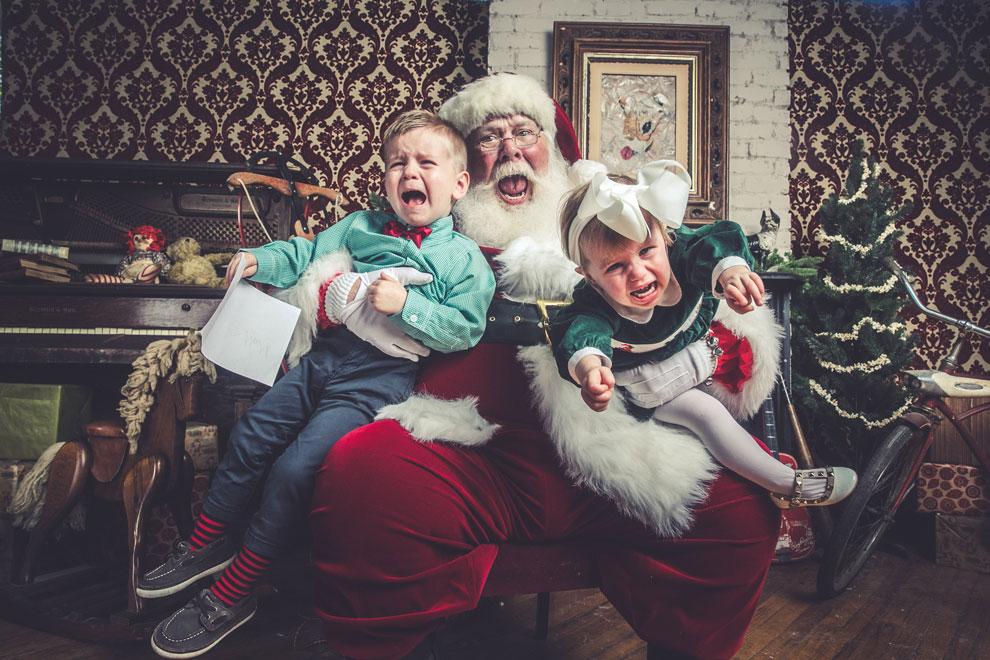 Jeff Roffman fotografo registra serie hilaria de criancas chorando por causa do Papai Noel 1