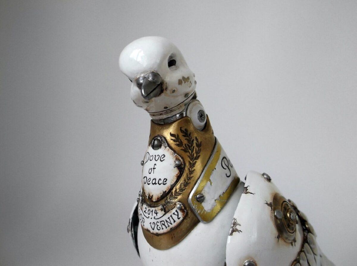 Artista cria esculturas de animais com pecas mecanicas descartadas em estilo Steampunk 1
