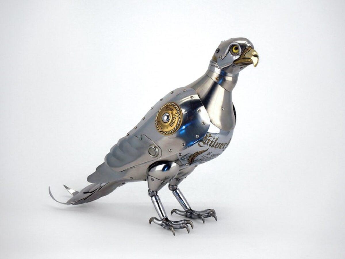 Artista cria esculturas de animais com pecas mecanicas descartadas em estilo Steampunk 15