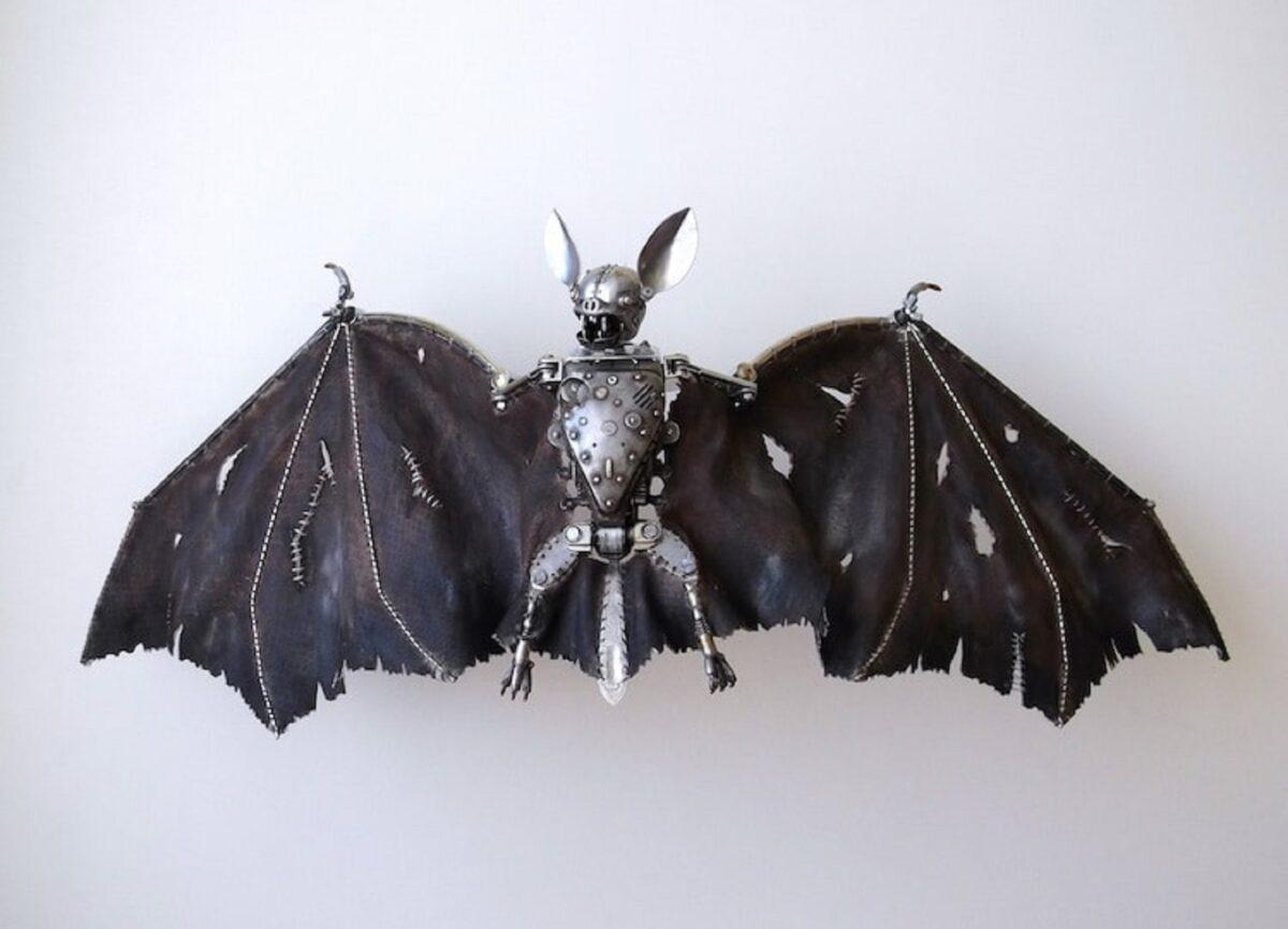 Artista cria esculturas de animais com pecas mecanicas descartadas em estilo Steampunk 17