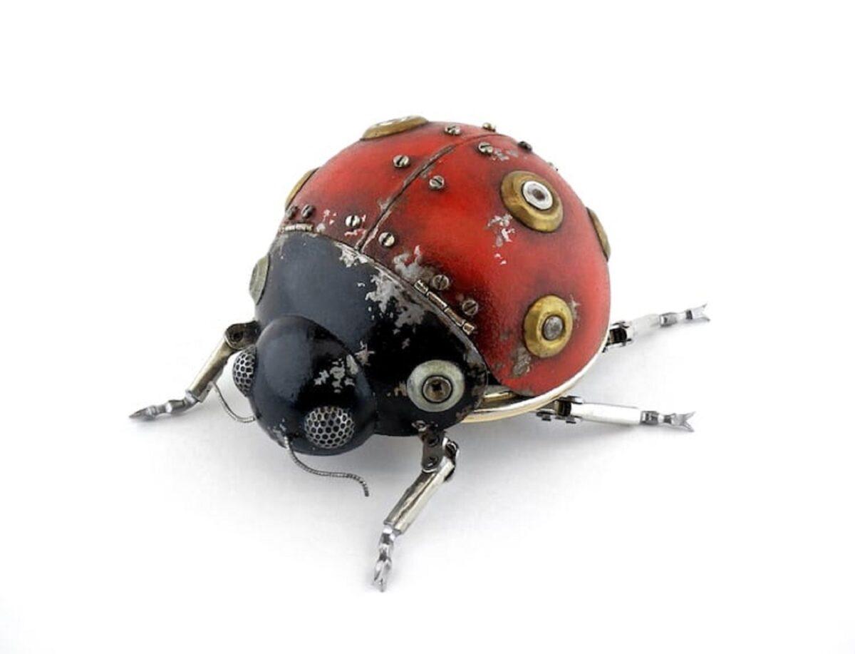 Artista cria esculturas de animais com pecas mecanicas descartadas em estilo Steampunk 9