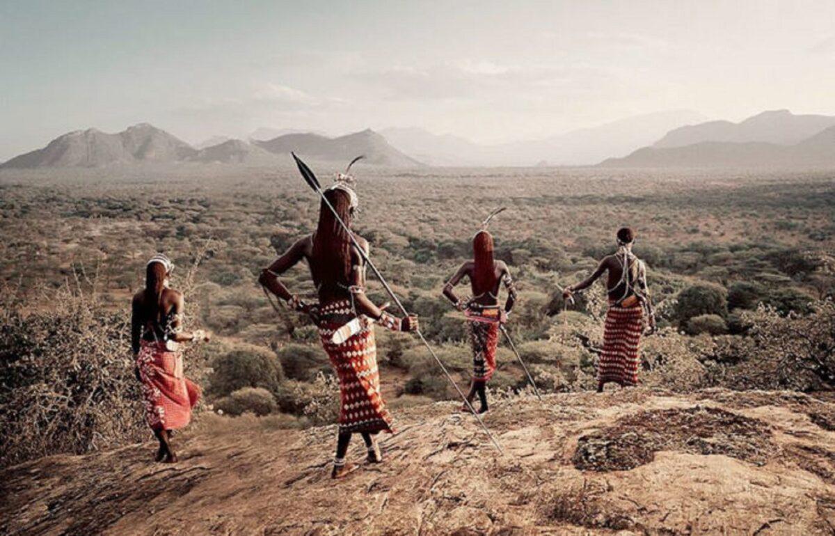 Jimmy Nelson projeto Salute to Mankind registra comunidades isoladas ao redor do mundo 11