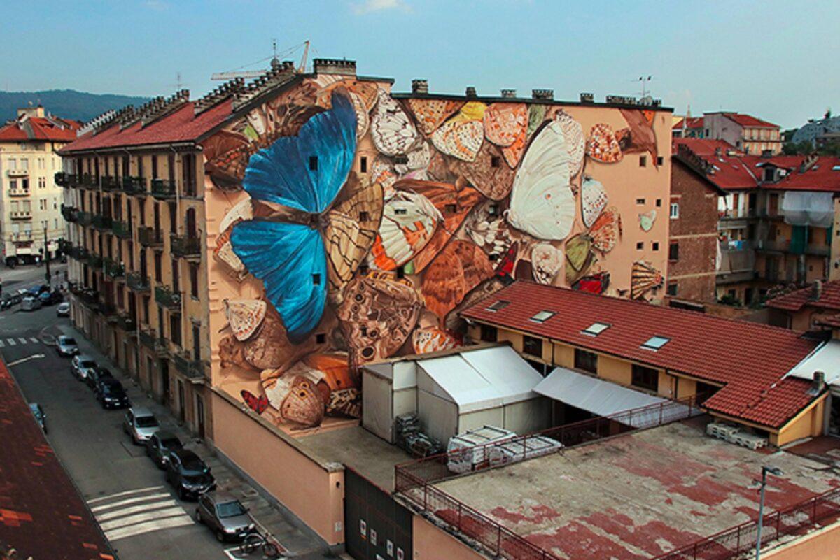 Mantra artista desenha borboletas em paredes de diversas cidades pelo mundo 1