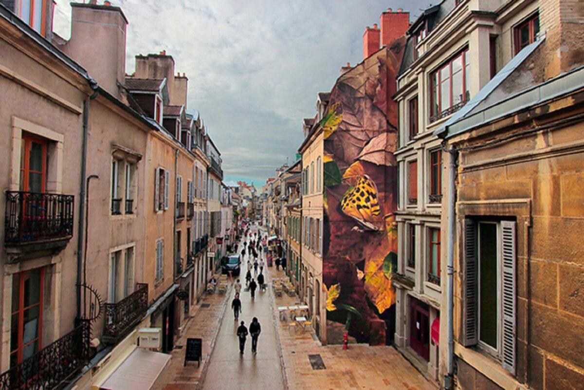 Mantra artista desenha borboletas em paredes de diversas cidades pelo mundo 8