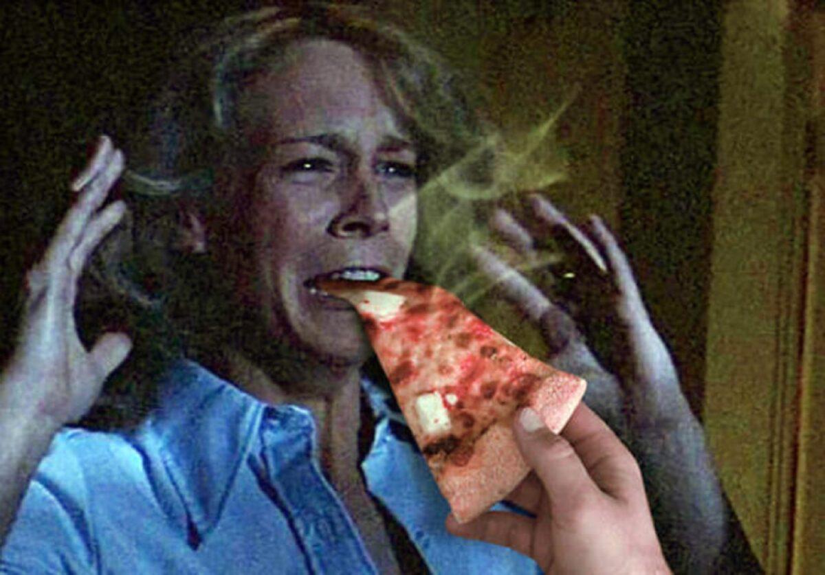 Pizzas adicionadas em filmes de terror atraves do Photoshop 16