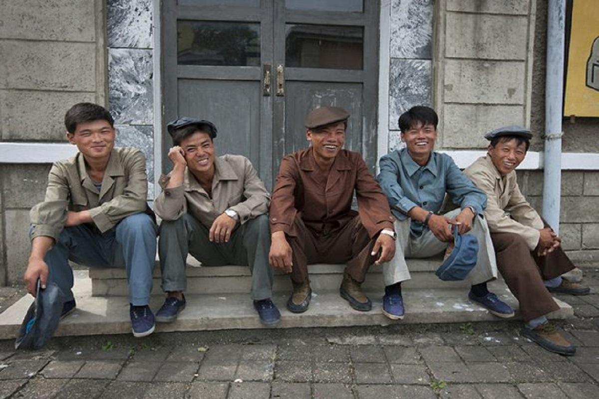 Eric Lafforgue: estes norte-coreanos sorrindo vão te ajudar a romper mitos e preconceitos