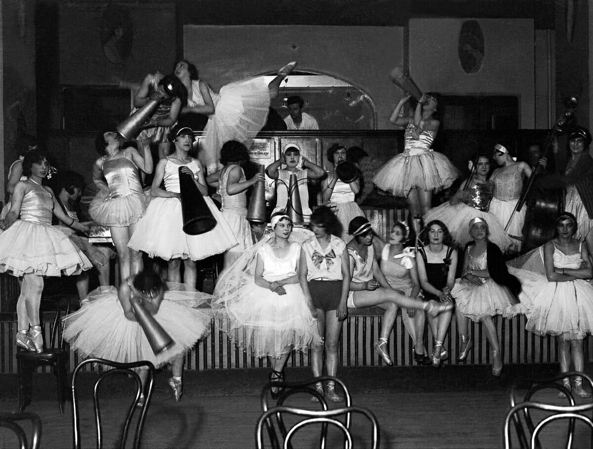 Fotografias raras do cabare Moulin Rouge 9