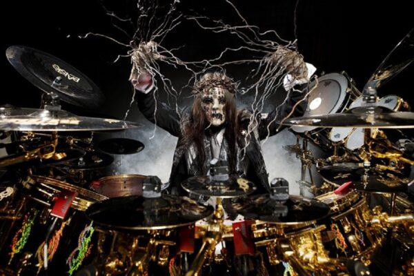 Morre Joey Jordison ex baterista do Slipknot aos 46 anos 50