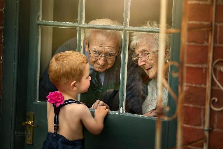Sujata Setia fotografa britanica registra a beleza da relacao entre avos e netos 17