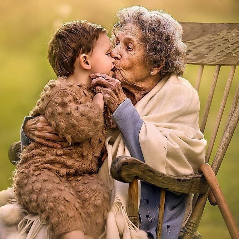 Sujata Setia fotografa britanica registra a beleza da relacao entre avos e netos 27