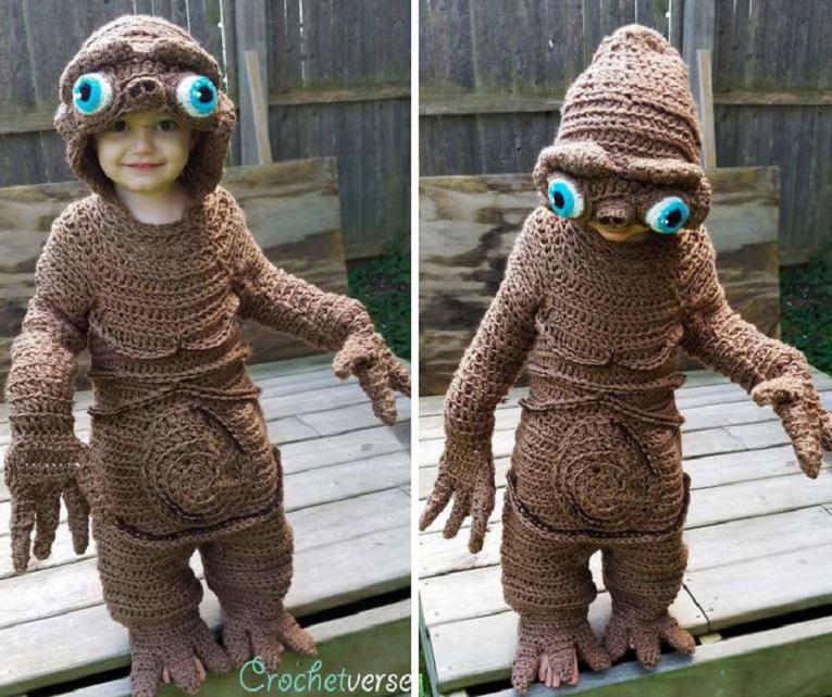 Halloween fantasias de croche que Stephanie Pokorny criou para seus filhos 5